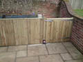 Click to view dom-fence001_1.jpg