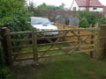 Click to view dom-fence007.jpg