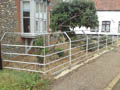 Click to view dom-fence025.jpg